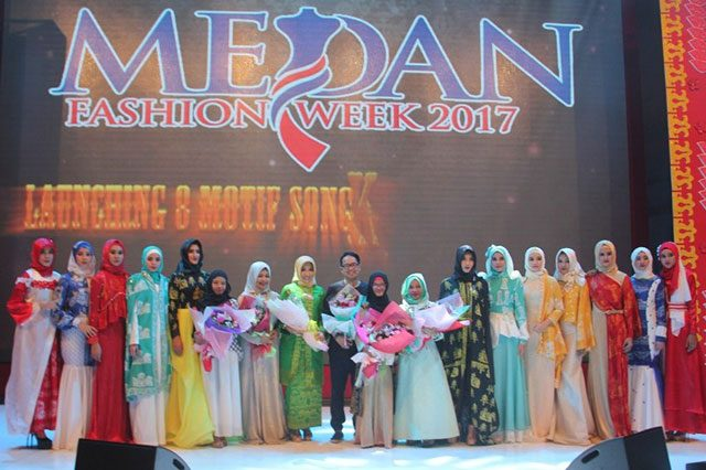 Launching Songket Medan di acara Medan Fashion Week 2017. (ist)